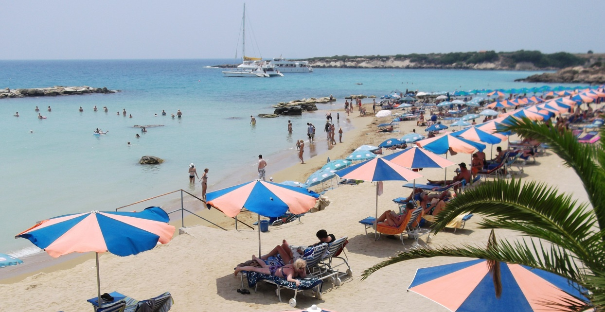 Paphos weather in June. Great weather for swimming at Coral Bay