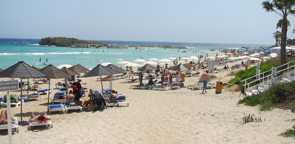 Lovely weather at Ayia Napa (Nisi beach) in July