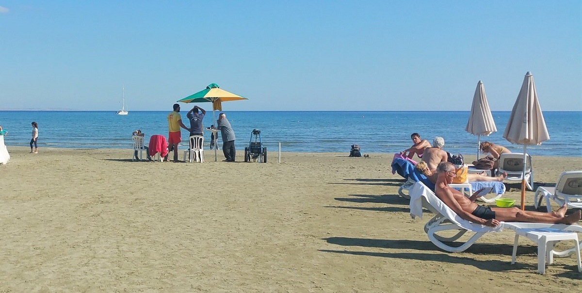 Larnaca weather. Sunny day at Finikoudes beach